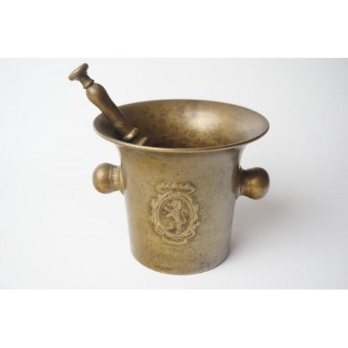 Antiek bronzen knoppen vijzel + stamper leeuwen 1850-1900