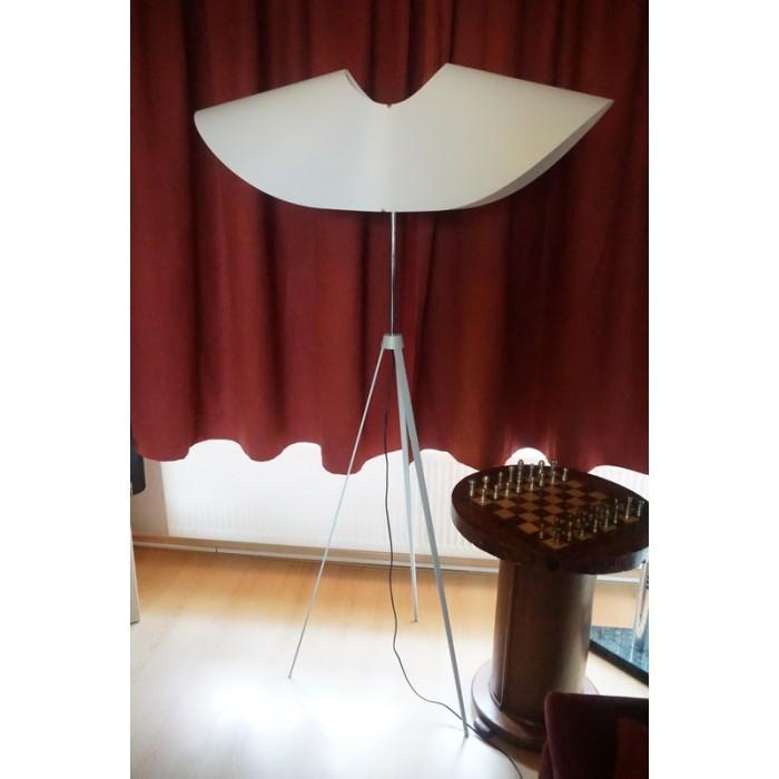 unieke jean marc gady design lamp 1999 angelus ligne roset. Black Bedroom Furniture Sets. Home Design Ideas