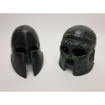 2 kleine romeinse helmen van metaal
