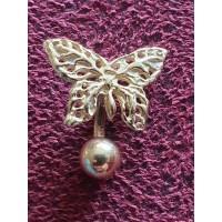 Mooie gouden vlinder piercing. 14 karaat goud. 2.11 gram