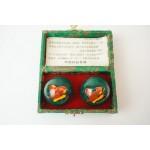 Set japanse Baoding ballen in doosje, cloissone vlinder afb.