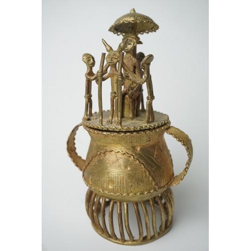 Ashante Kuduo Bronze Pot - goudstof pot brons Ashanti Afrika