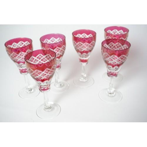6 handgeslepen rode glazen o.a. voor sherry